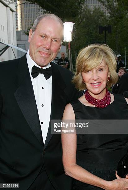 Michael Eisner and wife Jane Breckenridge attend the Metropolitan Opera 20062007 season opening night at Lincoln Center September 25 2006 in New York...