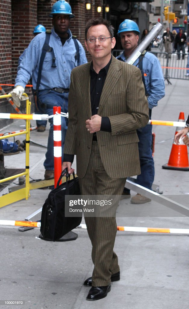 Michael Emerson visits the ''Late Show With David Letterman'' at the Ed Sullivan Theater on May 19, 2010 in New York City.