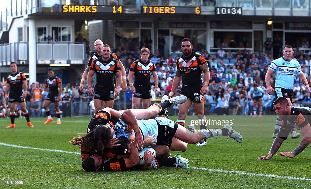 NRL Rd 24 - Sharks v Wests Tigers