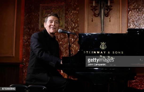 Michael Feinstein performs during Feinstein's/54 Below Press Preview at Feinstein's/54 Below on November 17, 2017 in New York City.