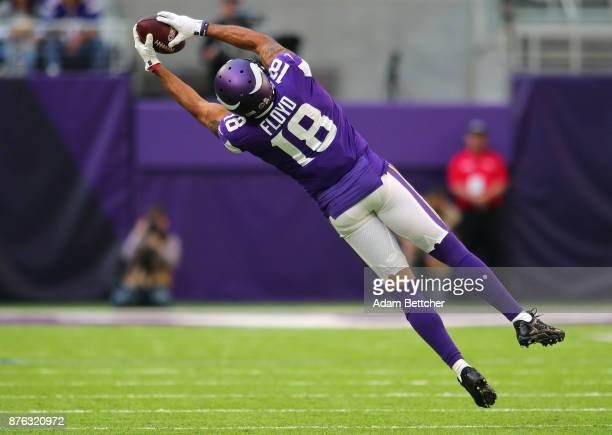 Michael Floyd of the Minnesota Vikings makes a leaping catch in the third quarter of the game against the Los Angeles Rams on November 19 2017 at US...