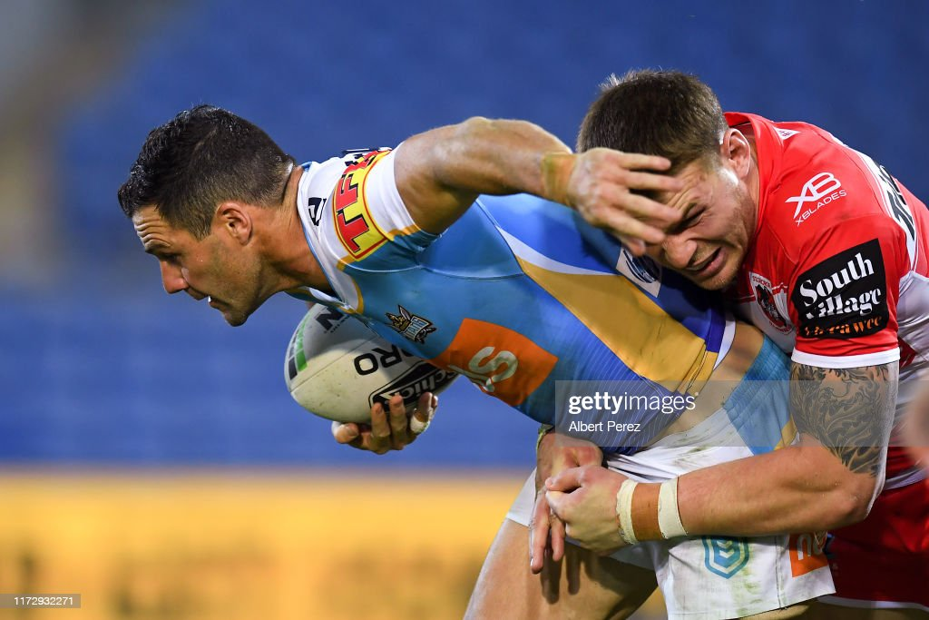 NRL Rd 25 - Titans v Dragons : News Photo
