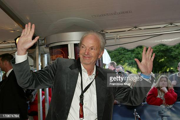 Michael Gwisdek Bei Der Day After Tomorrow Deutschland Premiere In Berlin Am 210504 Im