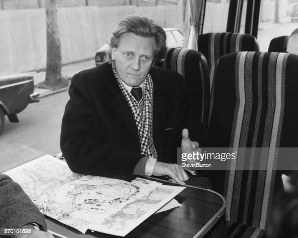 Michael Heseltine the Secretary of State for the Environment holds a press conference on board his coach at Jamaica Road Southwark London during a...