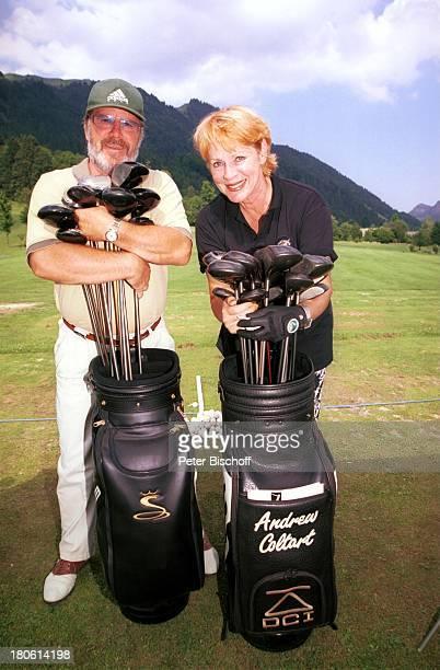 Michael Hinz Viktoria Brams Charity Turnier zu Gunsten der Krebshilfe Österreich Golfclub WalchseeMoarhof an der Schwemm Golfplatz Panorama Berg...