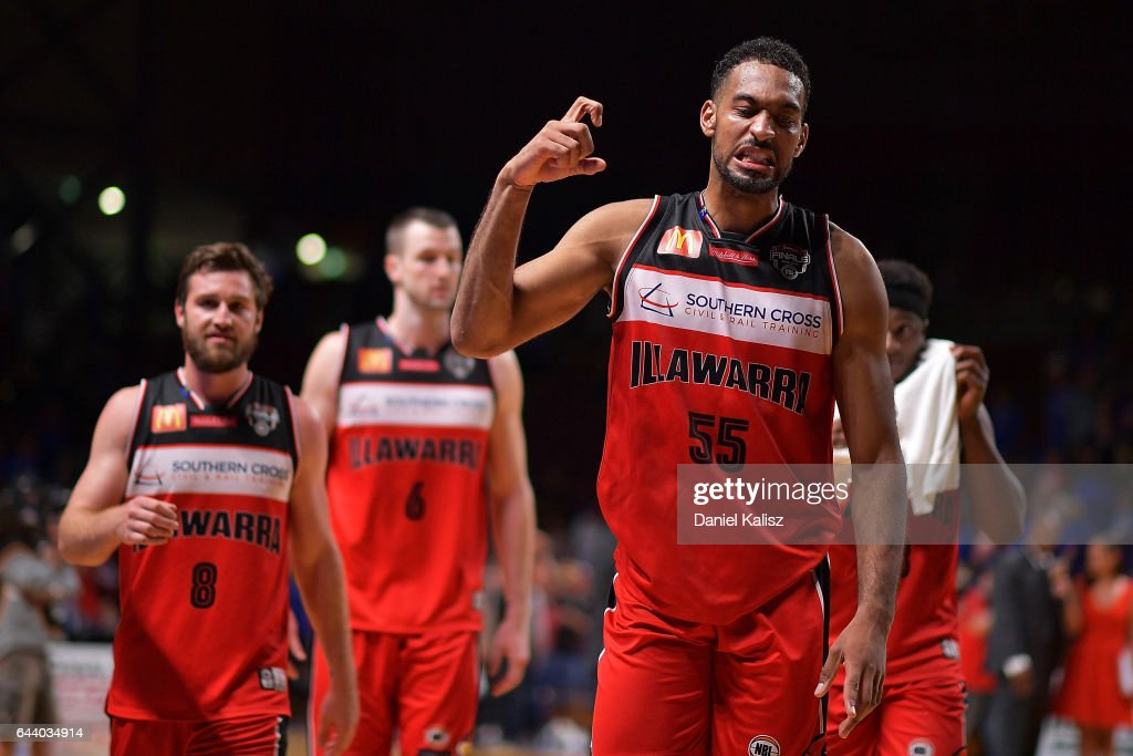 NBL Semi Final - Adelaide v Illawarra: Game 3 : News Photo