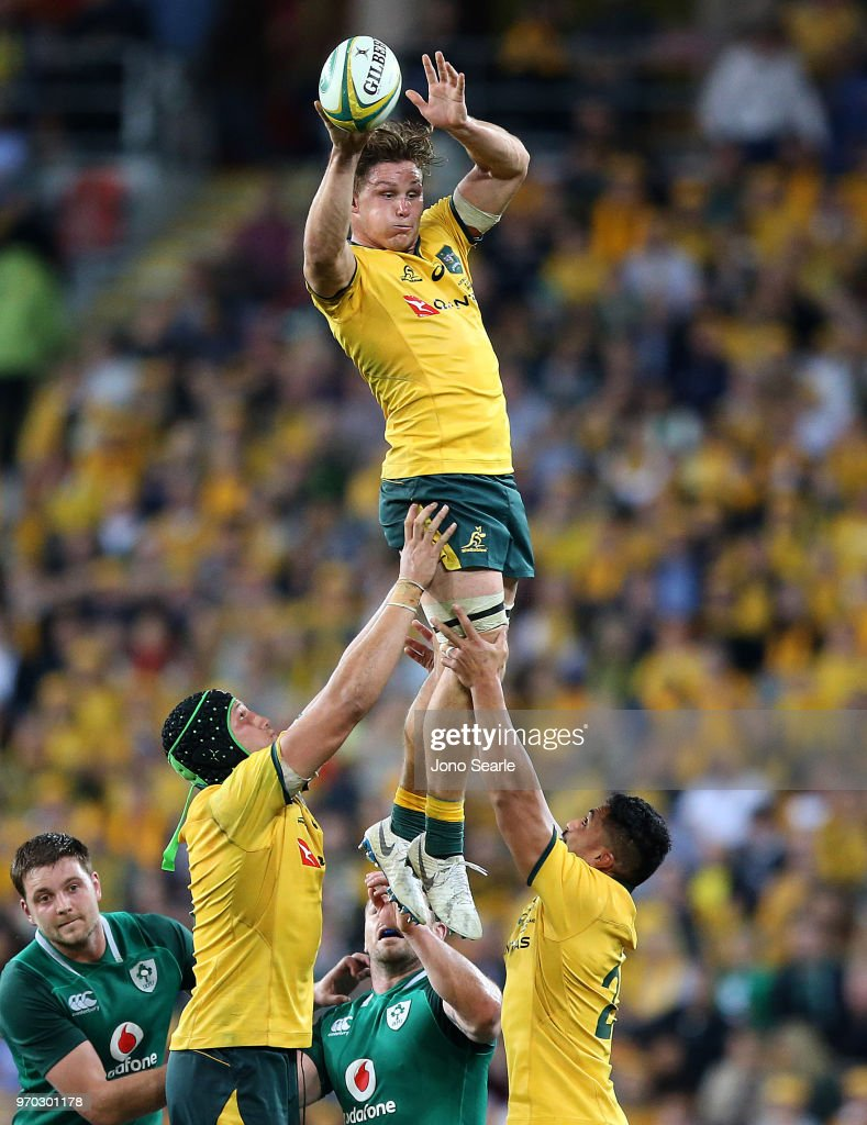 Michael Hooper of the Wallabies wins the line out during the International Test match between the Australian Wallabies and Ireland at Suncorp Stadium on June 9, 2018 in Brisbane, Australia.