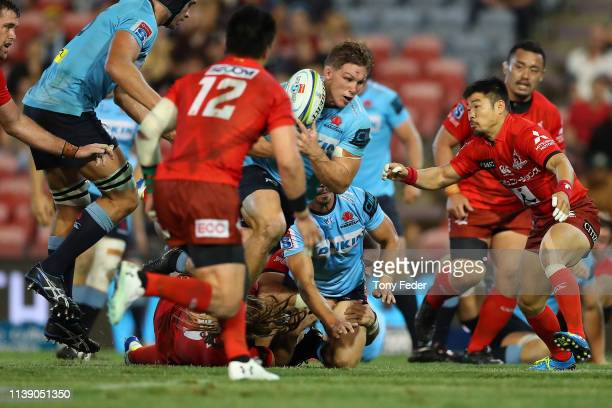 Michael Hooper of the Waratahs runs with the ball during the round seven Super Rugby match between the Waratahs and the Sunwolves at McDonald Jones...