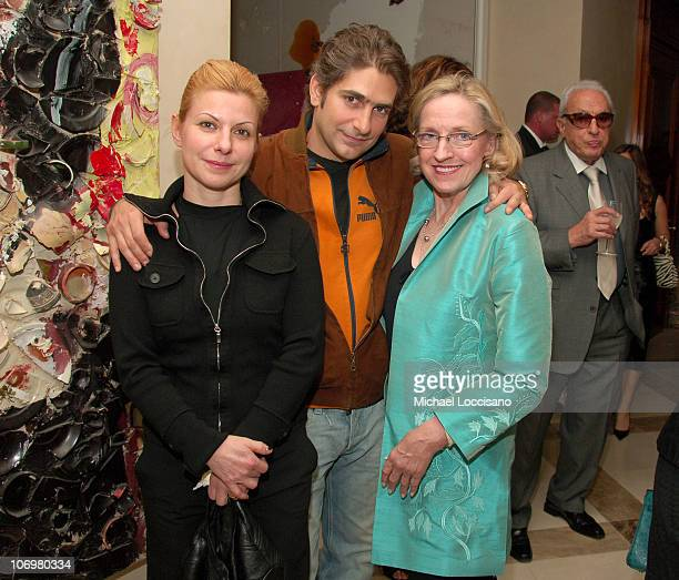 Michael Imperioli wife Victoria Imperioli and Darlene Love