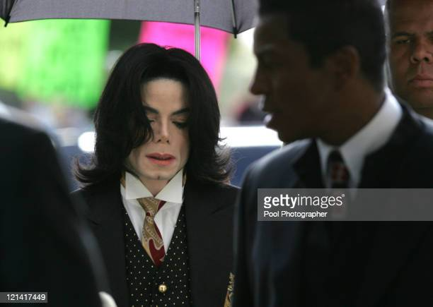 Michael Jackson arrives as his defense continues to present its case during Michael Jackson's child molestation trial at the Santa Barbara County...