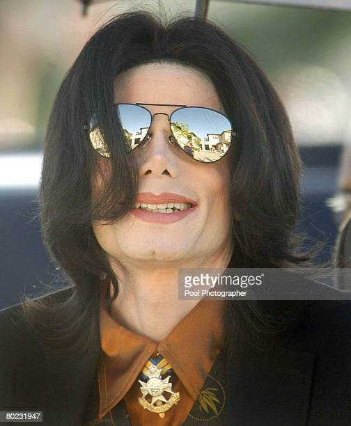 Michael Jackson arrives at Santa Barbara County Superior Court in Santa Maria California February 24 2005 Selection of eight alternate jurors...