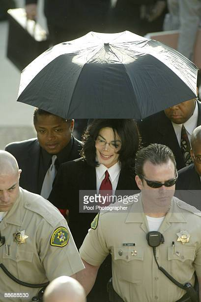 Michael Jackson arrives for his expected arraignment on charges related to child molestation at a courthouse in Santa Maria CA Friday April 30 2004...