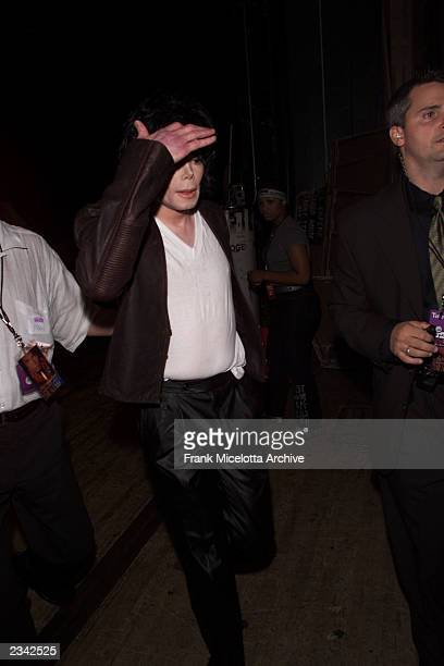 Michael Jackson at the 2001 MTV Video Music Awards held at the Metropolitan Opera House at Lincoln Center in New York City 9/6/01 Photo by Frank...
