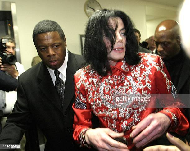 WASHINGTON DC Michael Jackson greets fans in the Rayburn House Office Building during a visit to Capitol Hill on Wednesday March 31 2004
