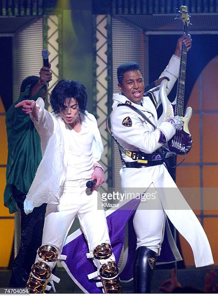 Michael Jackson Jermaine Jackson during Michael Jackson's 30th Anniversary Celebration 2nd Show at the Madison Square Garden in New York City New York