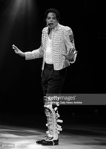 Michael Jackson performs onstage during A Night At The Apollo a Democratic National Committee fundraiser at the Apollo Theater to kick off the Every...