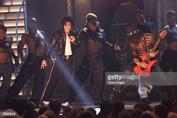 Michael Jackson performs with Slash at the Michael Jackson 30th Anniversary Celebration The Solo Years at Madison Square Garden in New York City on...