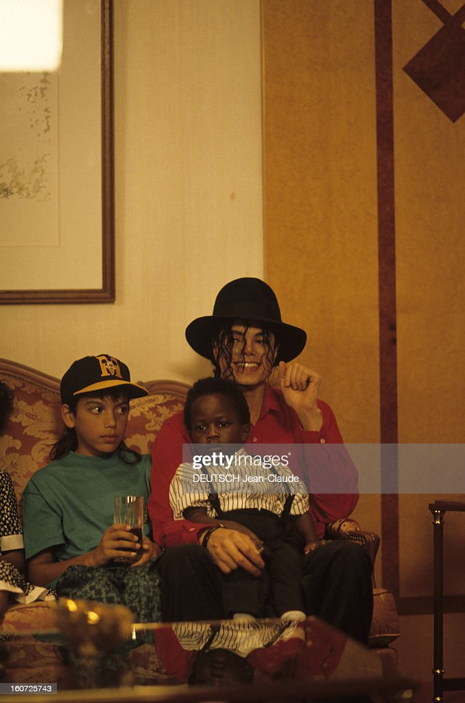Michael Jackson Tour In Africa : News Photo