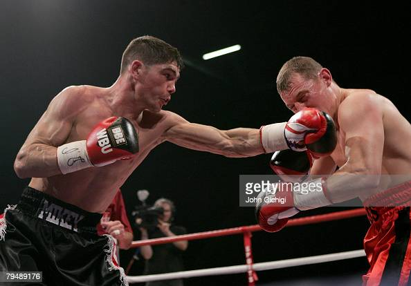 michael jennings in action against ross minter during