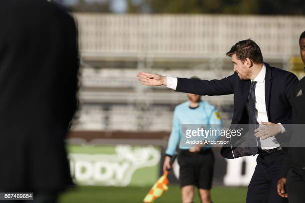 Michael Jolley head coach of Athletic FC Eskilstuna during the Allsvenskan match between Halmstad BK and Athletic FC Eskilstuna at Orjans Vall on...