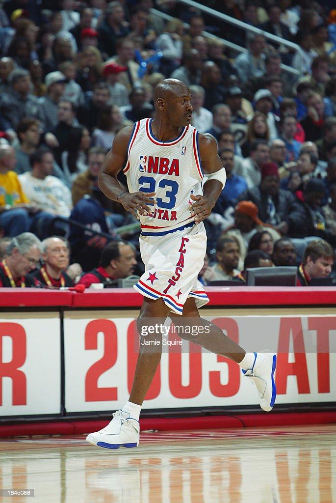 Jordan runs upcourt : News Photo
