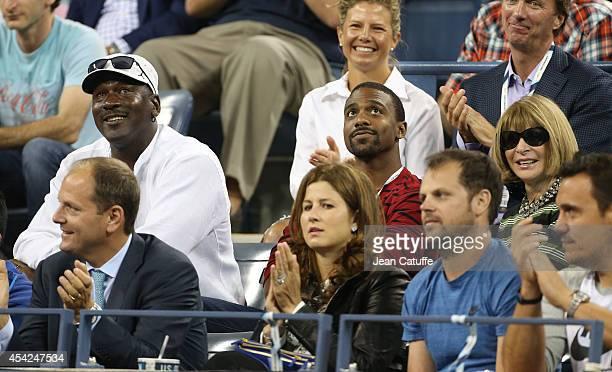 Michael Jordan His Son Jeffrey Anna Wintour Mirka Federer Attend Roger Federers Match On Day