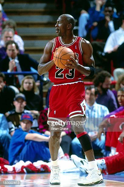 Michael Jordan of the Chicago Bulls passes at the Veterans Memorial Coliseum circa 1993 in Portland Oregon NOTE TO USER User expressly acknowledges...