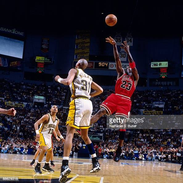 1998 Eastern Conference Finals, Game 6: Chicago Bulls vs. Indiana Pacers Pictures | Getty Images