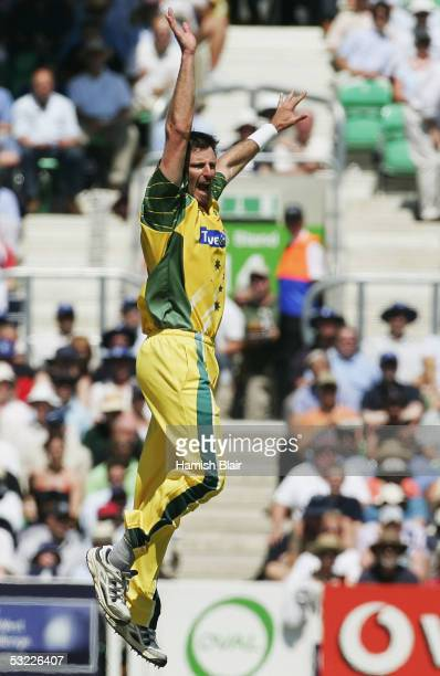 Michael Kasprowicz of Australia celebrates the wicket of Andrew Flintoff of England during the NatWest Challenge One Day International match between...