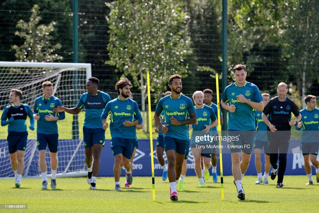 Everton Training Session : News Photo