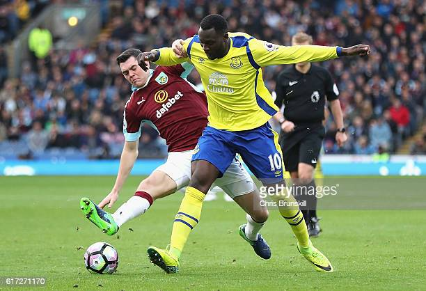 Michael Keane of Burnley and Romelu Lukaku of Everton battle for possession during the Premier League match between Burnley and Everton at Turf Moor...