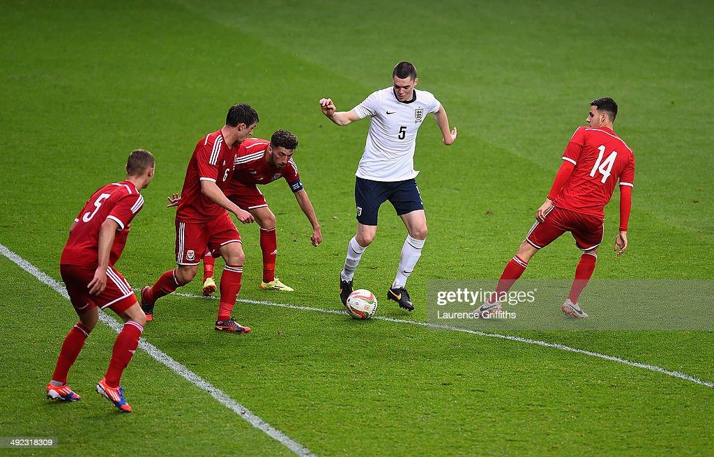 Wales U21 v England U21 - 2015 UEFA European U21 Championships Qualifier