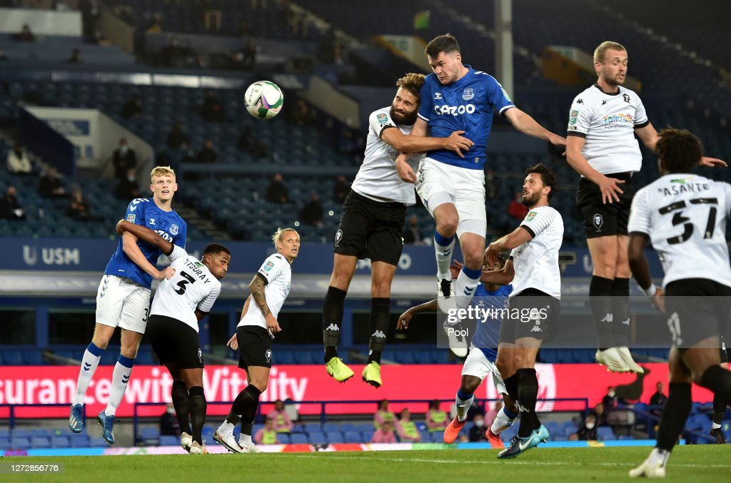 Michael Keane of Everton scores his team's first goal during the... News  Photo - Getty Images