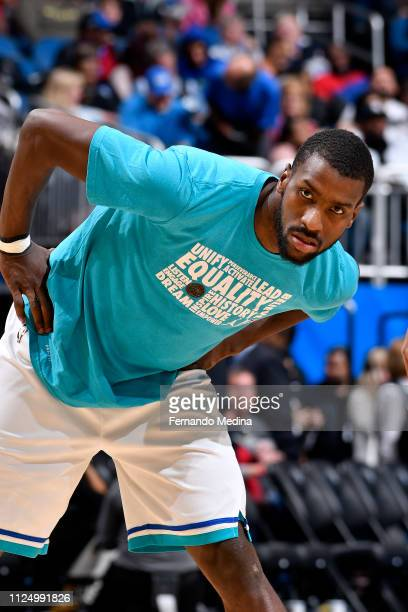 Michael KiddGilchrist of the Charlotte Hornets warms up before the game against the Orlando Magic on February 14 2019 at Amway Center in Orlando...