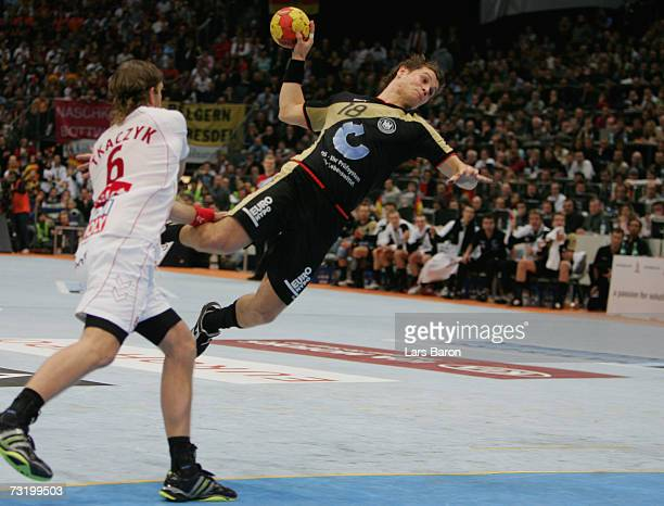 Michael Kraus of Germany in action during the IHF World Championship final between Germany and Poland at the Cologne Arena on February 4, 2007 in...