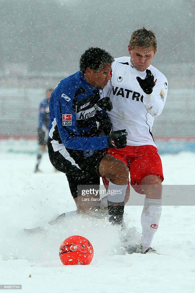 Rot-Weiss Oberhausen v Arminia Bielefeld - 2. Bundesliga