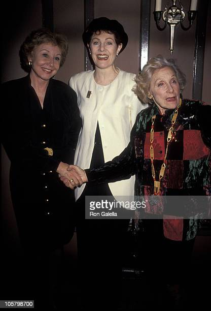 Michael Learned Lynn Redgrave and Isabell Stevenson