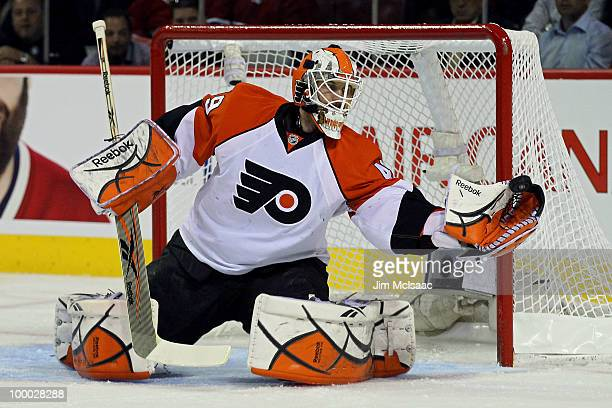Michael Leighton of the Philadelphia Flyers makes a save against the Montreal Canadiens in Game 3 of the Eastern Conference Finals during the 2010...