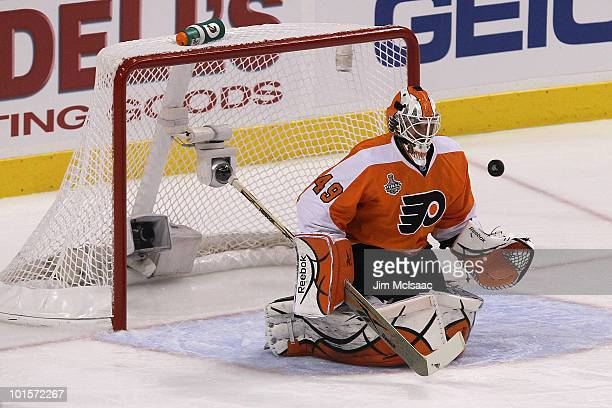 Michael Leighton of the Philadelphia Flyers makes a save against the Chicago Blackhawks in Game Three of the 2010 NHL Stanley Cup Final at Wachovia...