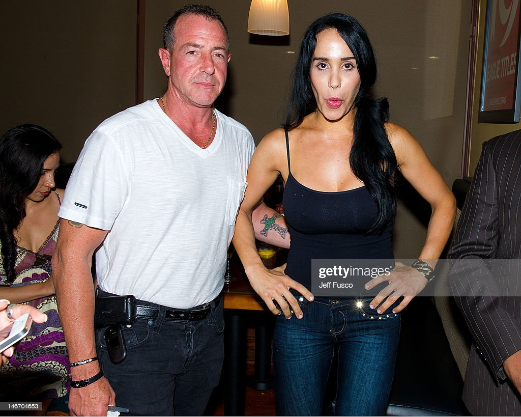 Octomom Nadya Suleman And Shila From The Chio Morning Show Celebrity Pillow Fight Press Conference And Weigh In : News Photo