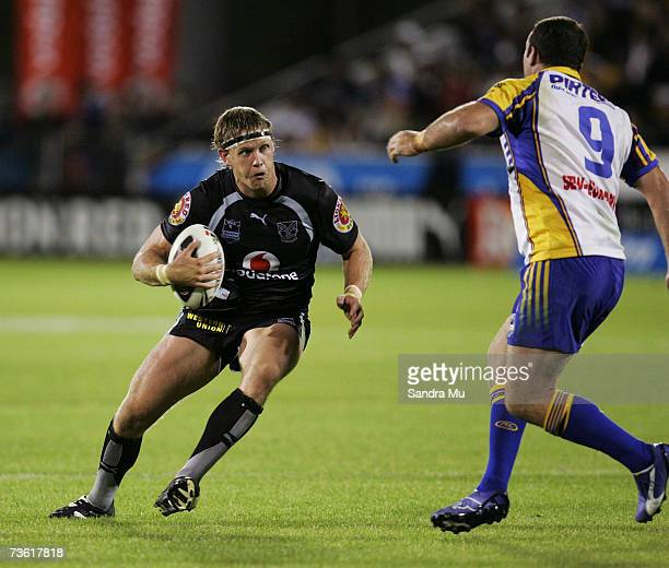 Michael Luck of the Warriors approaches Mark Riddell of Parramatta during the round one NRL match between the Warriors and the Parramatta Eels at...