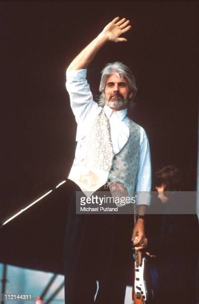 Michael McDonald performs on stage circa 1988