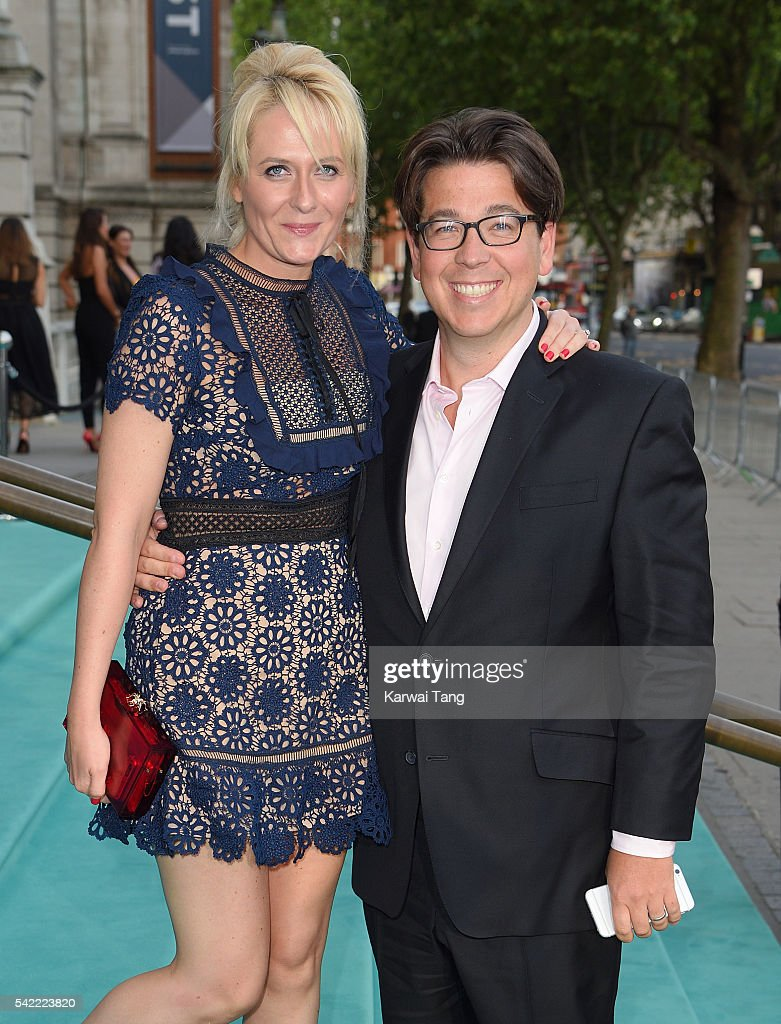 Michael McIntyre and wife Kitty arrive ...