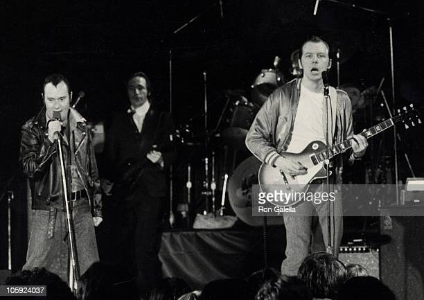 Michael McKean and David Lander during Sqwiggy Lenny Opening January 29 1979 at Roxy Club in Los Angeles California United States