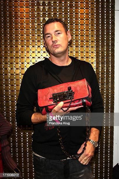 Michael Michalsky Bei Der Präsentation Der Herbst-Winter-Kollektion Von Mcm Bei Der Vogue Fashion'S Night Out In Berlin