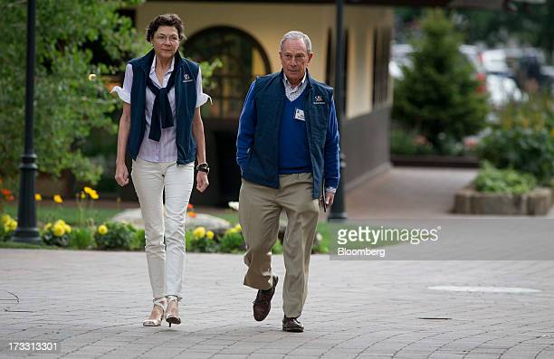 Michael 'Mike' R Bloomberg Mayor of New York City right and Diana Taylor managing director at Wolfensohn Co LLC walk to a morning session at the...