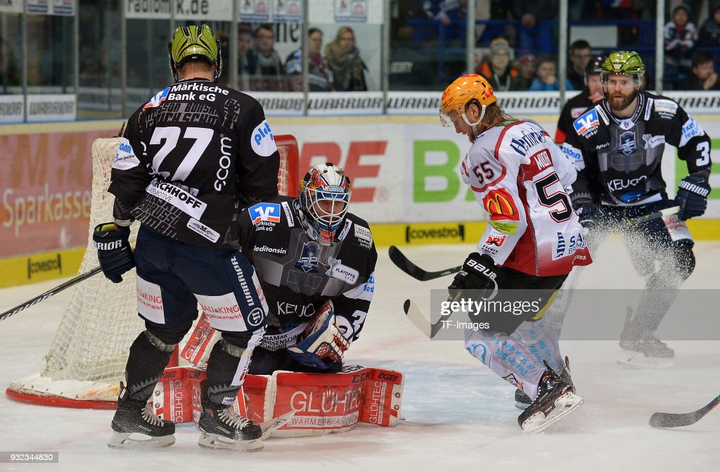 Iserlohn Roosters v Fischtown Pinguins - DEL
