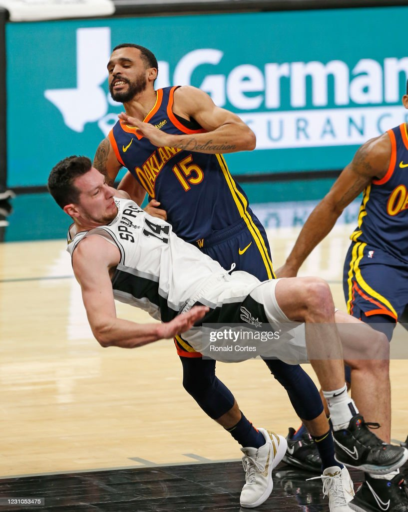 Golden State Warriors v San Antonio Spurs : News Photo