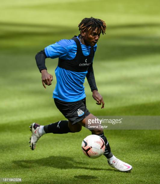 Michael Ndiweni of Newcastle United warms up during the fifth round of the FA Youth Cup between Newcastle United and Watford FC at St James' Park on...