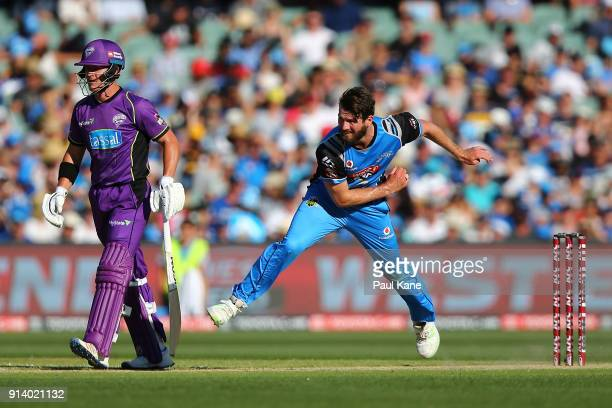 Michael Neser of the Strikers bowls during the Big Bash League Final match between the Adelaide Strikers and the Hobart Hurricanes at Adelaide Oval...